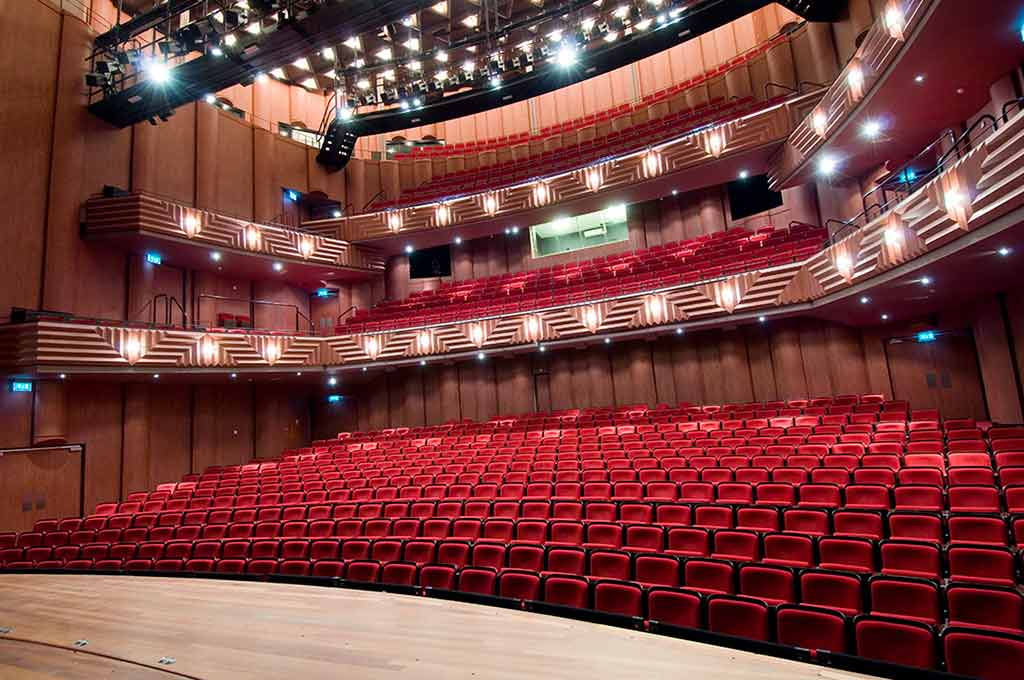 Theater-Spiegel-zaal-low